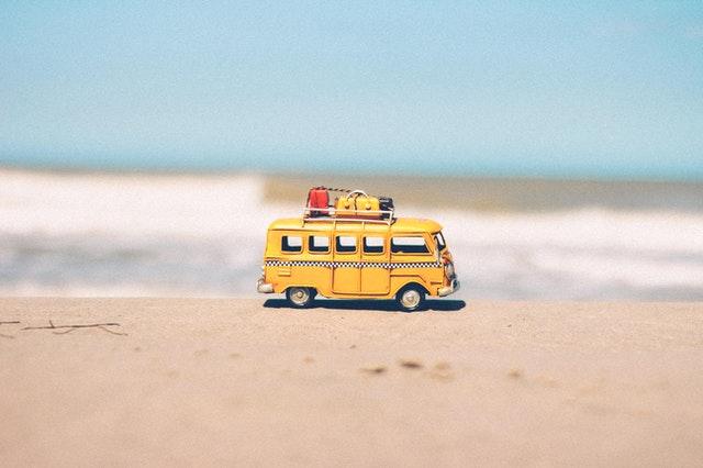 Wakacje autokarem – ciekawy sposób spędzenia urlopu